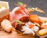 四季折々の旬の味わいと奥深さに 満ちた京料理をご堪能ください
