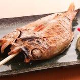 外はカリッと中はジューシーで今までの焼き魚の概念が変わります