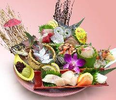 生簀の魚を活かした豪華【海鮮盛り】