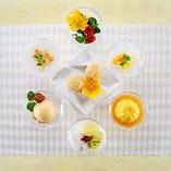 杏仁豆腐や胡麻団子など、中国料理の定番デザートも絶品。