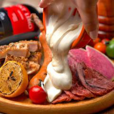 GABURICOの肉盛りプレート×濃厚チ~ズでさらに美味しく♪