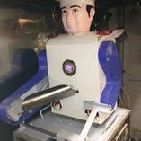 刀削麺ロボット活躍中
