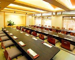 テーブル席・完全個室(壁・扉あり)・2名様~68名様