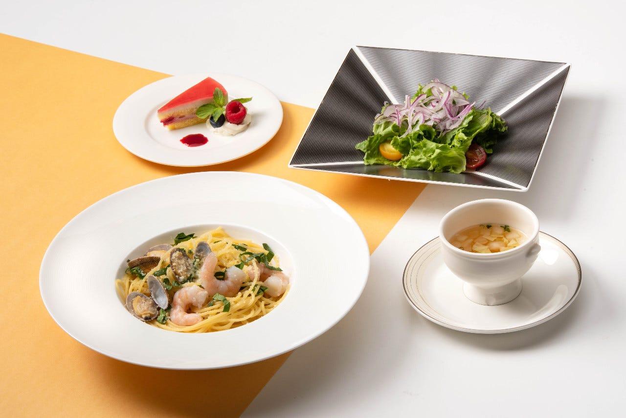 【平日限定ランチ】メイン料理+本日のスープとドリンクもついて990円~