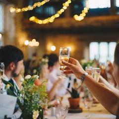 レストラン&貸切パーティー ベルヴィ郡山館ラピス