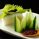 蕎麦味噌と胡瓜の板わさ