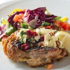 ランチTAKEOUT限定 本日の鶏肉料理とライス・サラダのセット