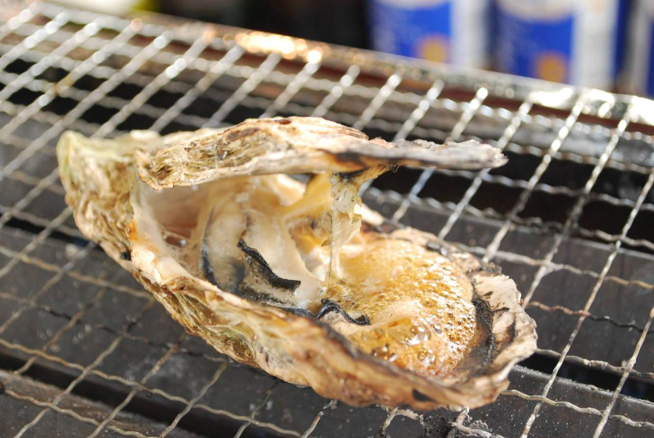 特大の牡蠣