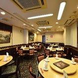 大人数での宴会は3階フロアでどうぞ。平日なら20名様~着席48名様/立食60名様まで貸切可能