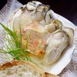 自家製ベーコンと牡蠣のタルタル