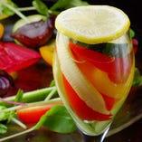 季節の彩り野菜ピクルス