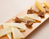 スペイン産チーズ3種盛り合わせ