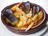 「サルスエラ」季節の魚介をふんだんに使ったスペイン版ブイヤベース