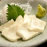 京都の銘店から仕入れる、厳選素材で作る京料理