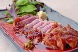 茨城県産のローズポークをステーキにしました。リピーター続出の隠れた逸品です。