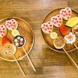 ひと口サイズがかわいい串パンケーキ