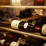 料理をしっかり受け止めるのは、やはりおすすめのワイン達。