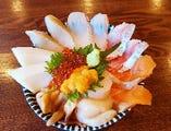 まる得海鮮10種お刺身丼
