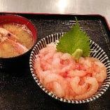 朝獲り!羽幌産「甘えび丼」(甘えび頭の味噌汁付き)