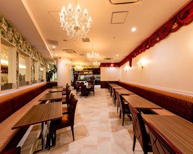 ロイヤルアジアンキッチン ダイヤモンド 汐留メディアタワー店 店内の画像