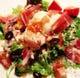 新鮮野菜&生ハム、温泉卵のシーザーはサラダ人気ナンバー1♪
