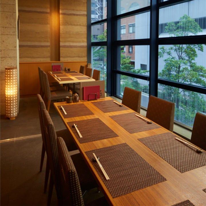 テーブル席・完全個室(壁・扉あり)・8名様~20名様