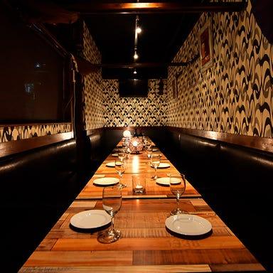シュラスコ&肉寿司食べ放題 ミートファクトリー 新宿店 店内の画像