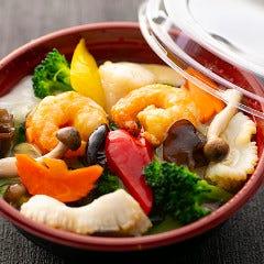 海鮮3種の塩中華丼