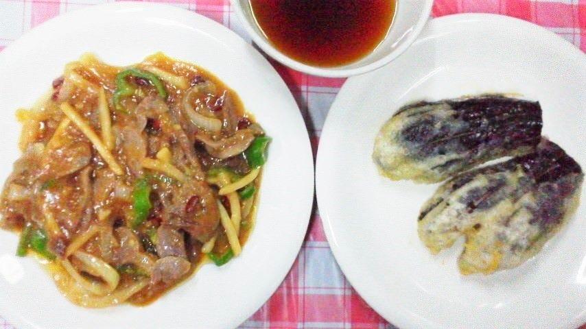 例:右が「ナスの天ぷら」で左が「砂肝と野菜の白味噌炒」です!
