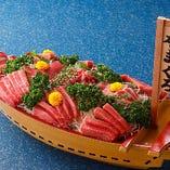 【選べる舟盛り】 盛合せまたはまぐろづくしから選べます♪