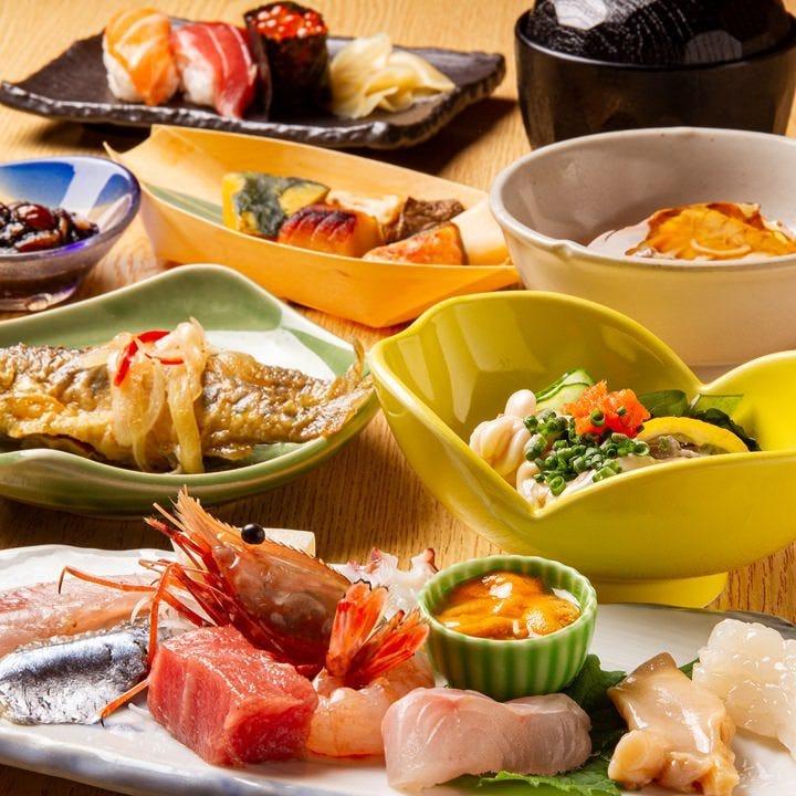コース料理は北海道の旬を味わい頂けます。