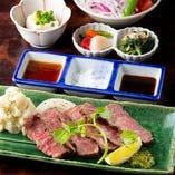 瀬戸山麓牛の網焼きステーキ定食(150g)