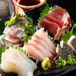 瀬戸内海・玄界灘より直送の鮮魚を人気のお刺身で。