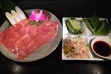 当店はお野菜にもこだわっております。 お肉とともに味わっていただくのにぴったりなお野菜をご用意しております! アクセントとしても、お野菜主体としても美味しく味わっていただけます♪