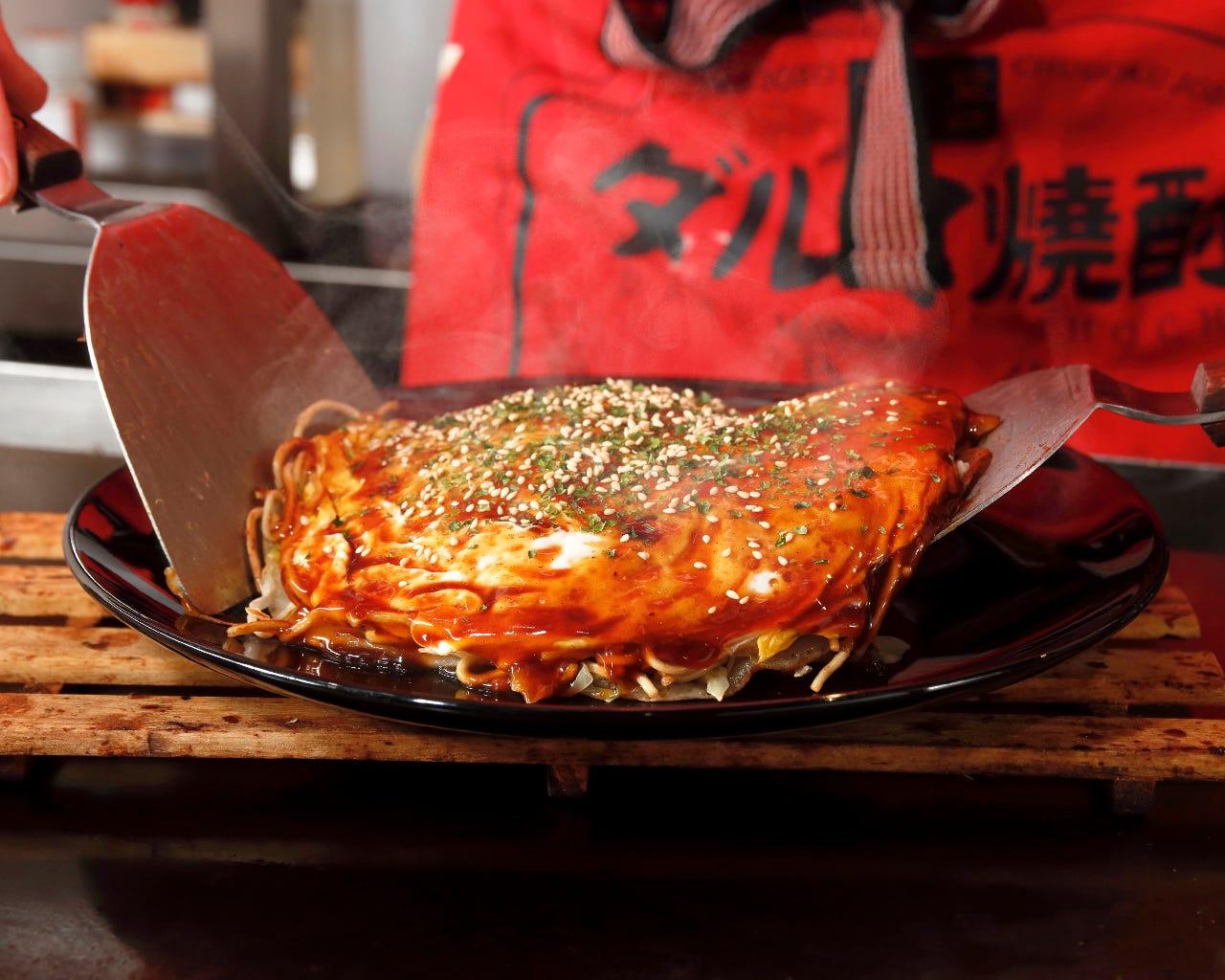 広島流お好み焼。そば入りでボリューム◎