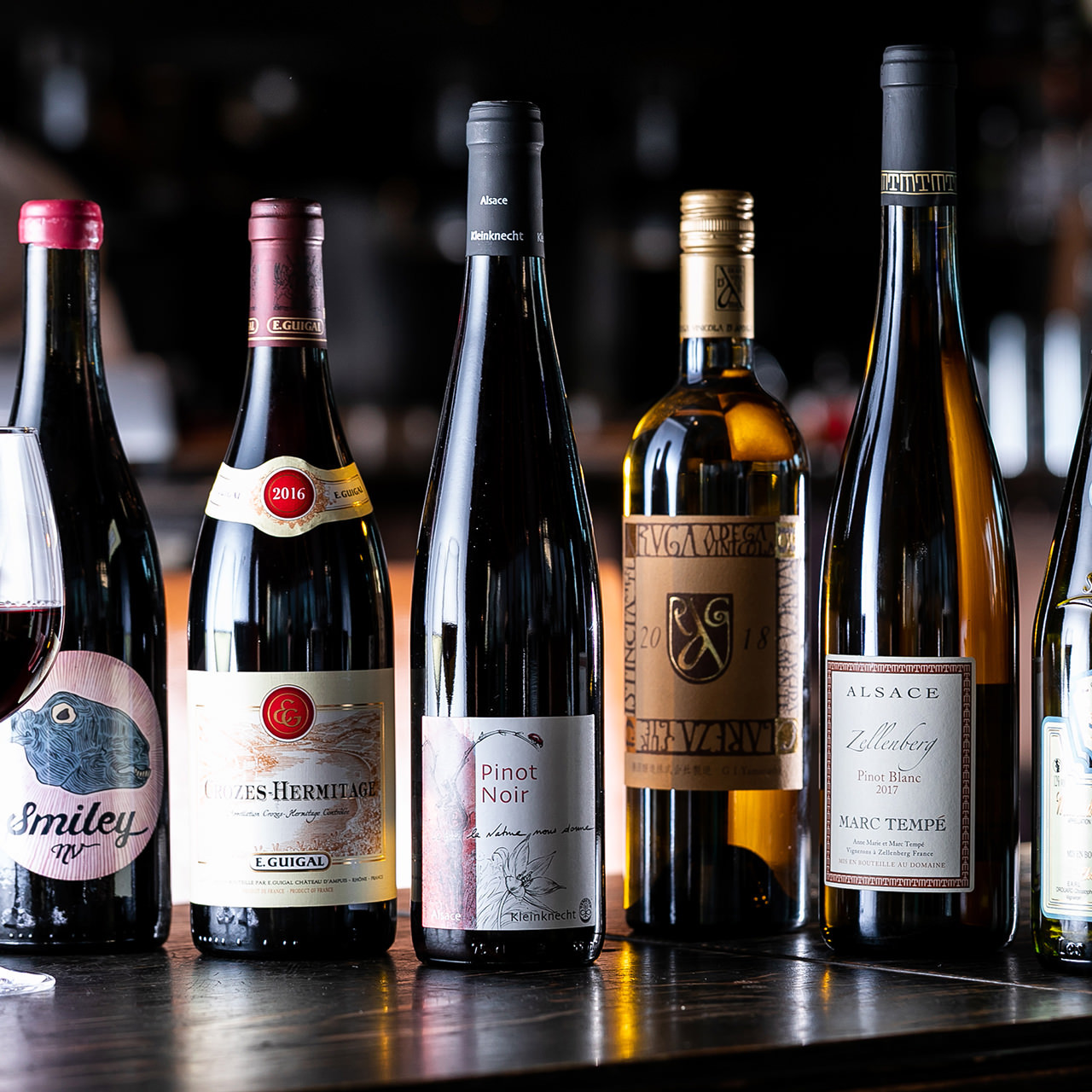 ブルゴーニュやナパから、国産やビオワインまで充実の品揃え