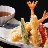 「素材」をおいしく 揚げたて天ぷら
