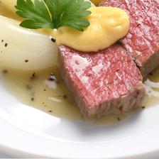 食材の持ち味を引き出す伝統的な味