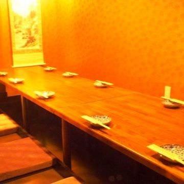 地鶏酒家 黒かしわ 黒崎店 店内の画像