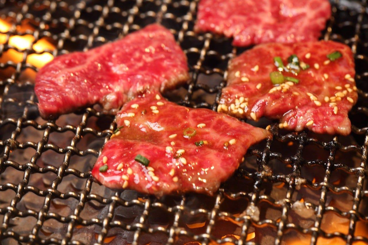 お肉の専門店が提供する 新鮮でジューシーなお肉♪