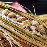 濃厚な大豆の味わいと芳醇な香りが特徴『なにわら納豆』
