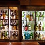 50種類以上の日本酒と30種類以上の焼酎が楽しめる飲み放題