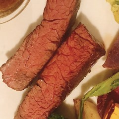 溢れる旨味!熟成牛のハラミステーキ
