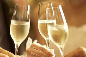 誕生日や結婚記念日など節目のお祝いはスパークリングで乾杯♪