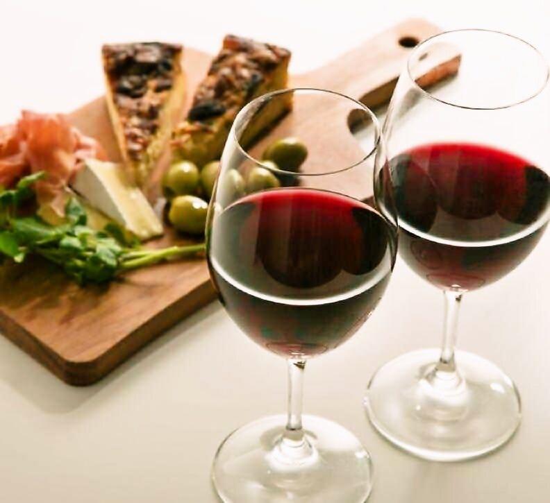 お料理に合わせたワインを多種ご用意