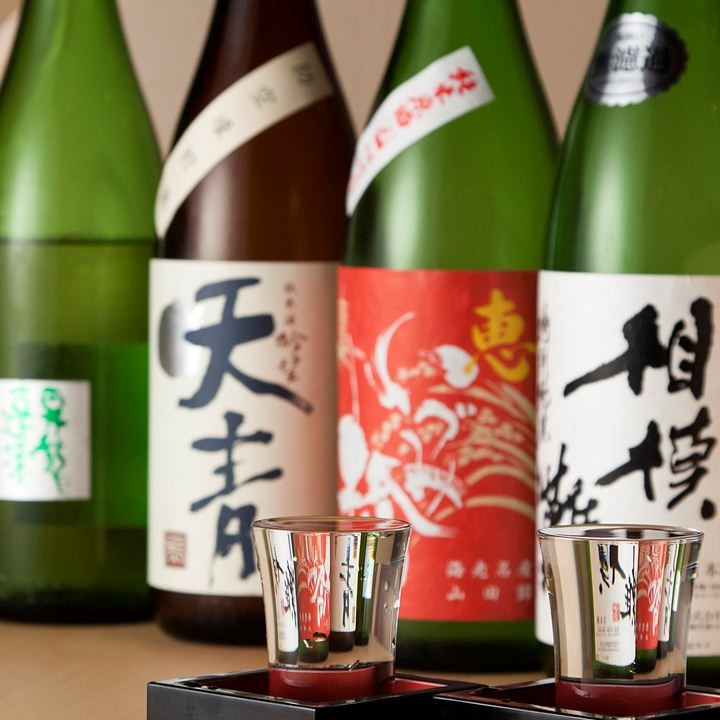 全国各地の日本酒を店主が厳選
