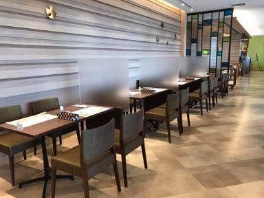 cafe&restaurant West River  店内の画像