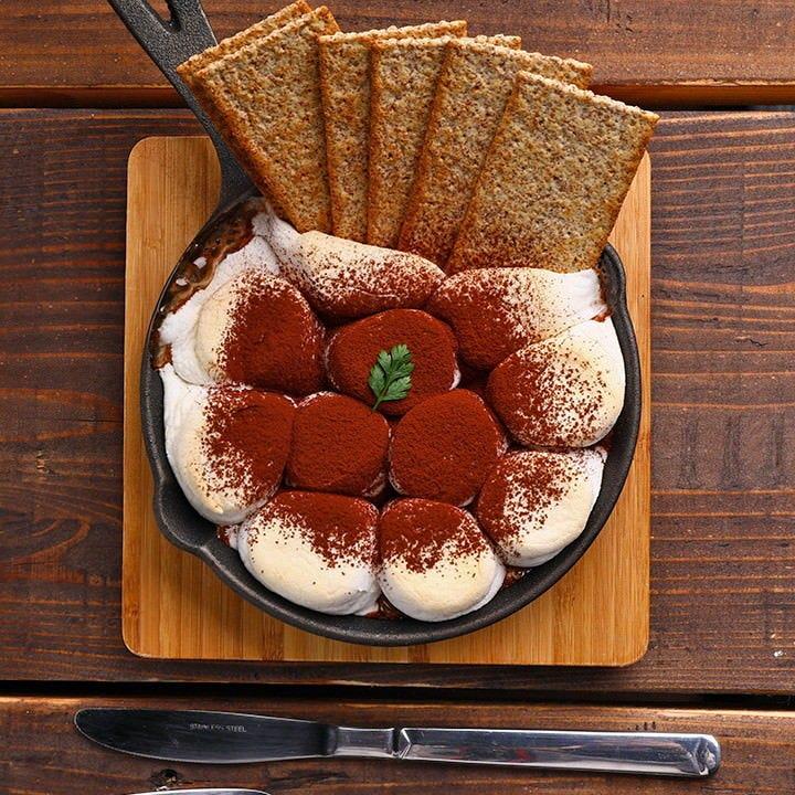 まだ関西では珍しいスモア。ぜひ食後のデザートにお試しあれ。