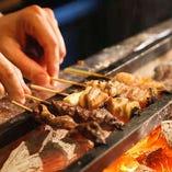 備長炭炭火で職人が手焼きする甲州健味鶏の焼鳥