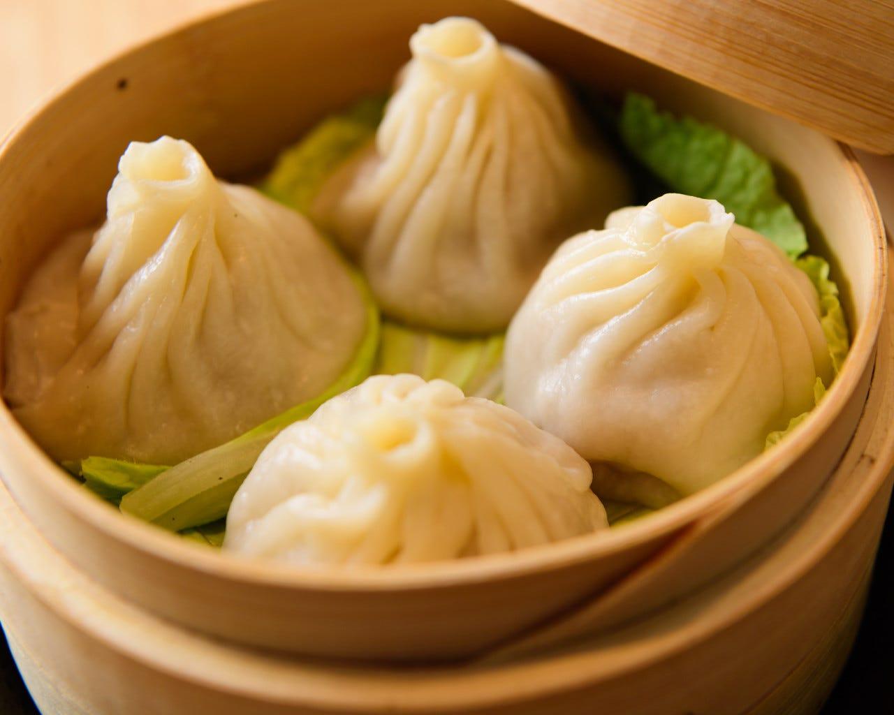 【2時間飲み放題付】迷ったときはコレ!小籠包や麻婆豆腐など中華の定番がここに!4000円コース(全10品)